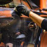 Je auto schoonmaken: zo doe je dat